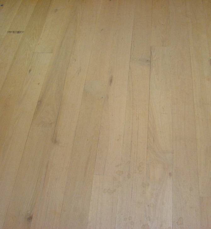 Red oak flooring for Rustic red oak flooring