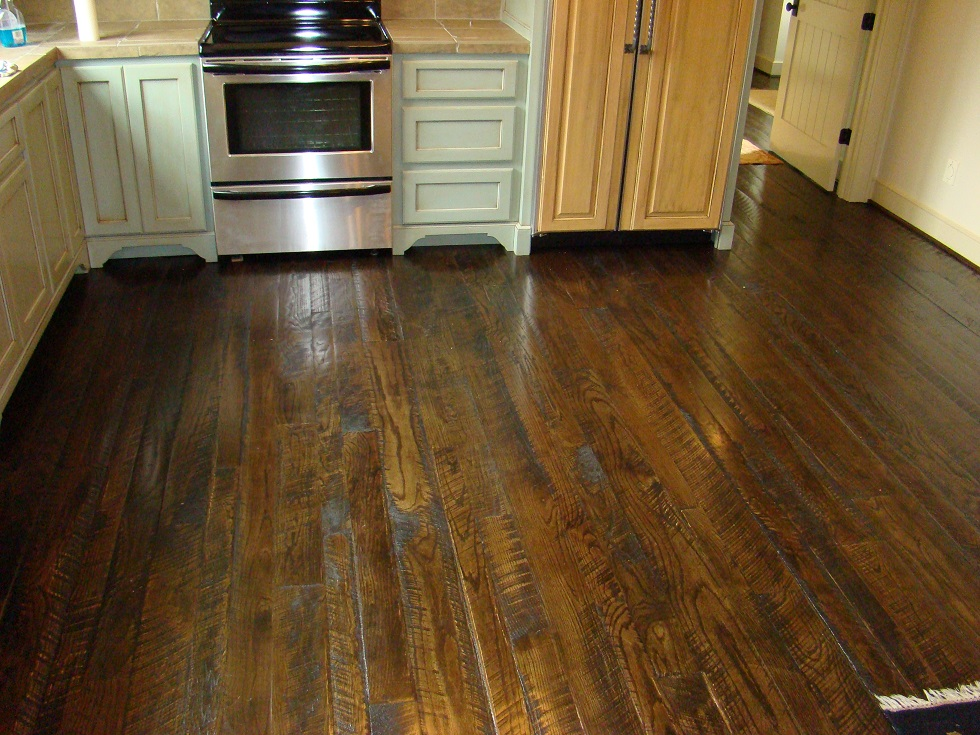 Dark Stains Are Preferred To Bring Out The Circle Marking In Wood Minwax Walnut Has Been Stain Of Preference For This Floor